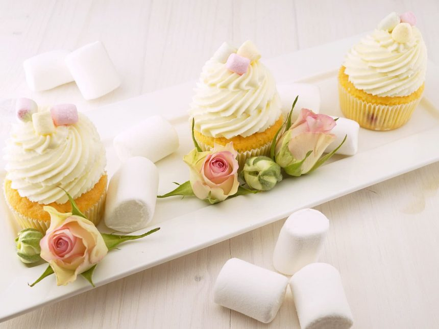 Recipe of the Week! Cupcakes!